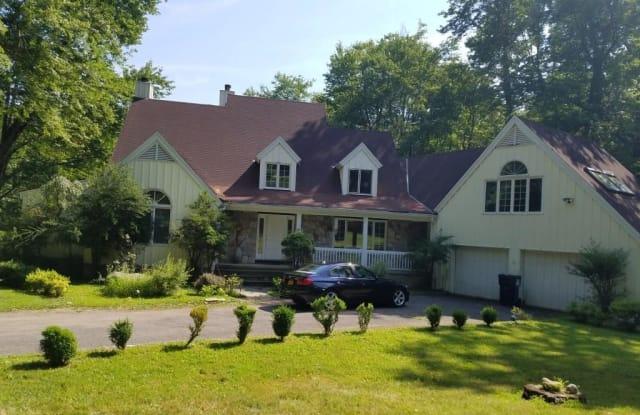 314 Erskine Road - 314 Erskine Road, Stamford, CT 06903