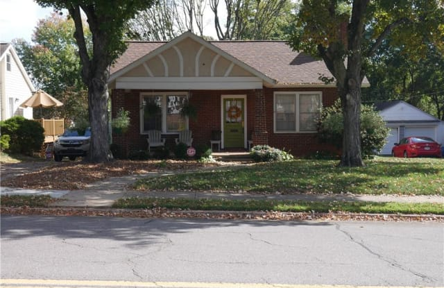 1049 Miller Street - 1049 Miller Street, Winston-Salem, NC 27103