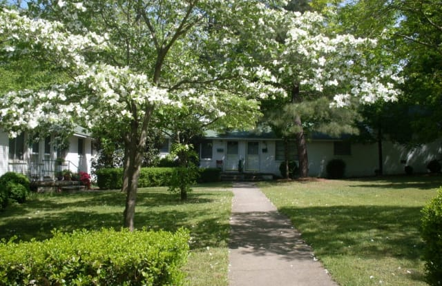 Cameron Hills - 2327 1/2 Grant Ave, Raleigh, NC 27608