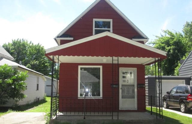1321 1st Ave N - 1321 1st Avenue North, Grand Forks, ND 58203