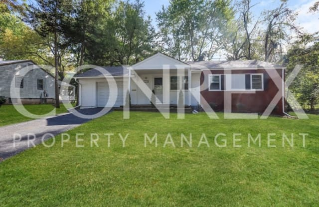 2520 South Crescent Avenue - 2520 South Crescent Avenue, Independence, MO 64052
