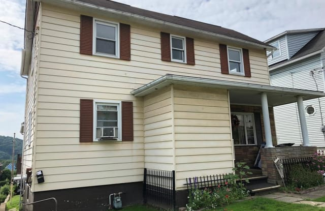 564 Dorothy Ave - 564 Dorothy Avenue, Johnstown, PA 15906