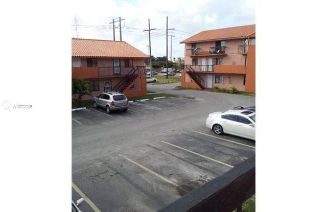 2186 W 60th St - 2186 W 60th St, Hialeah, FL 33016