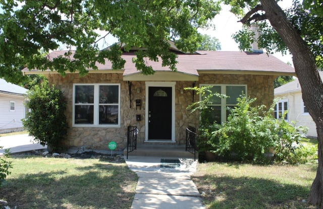 1908 W Mulberry Ave - 1908 West Mulberry Avenue, San Antonio, TX 78201