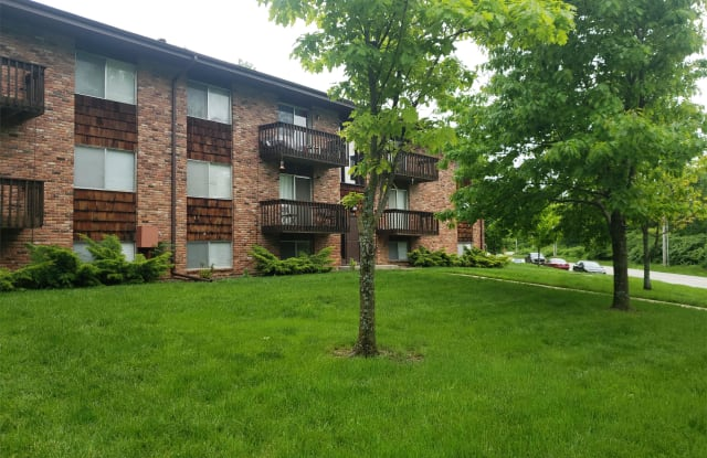 1101 S Brookside Ave - 1101 South Brookside Avenue, Independence, MO 64053
