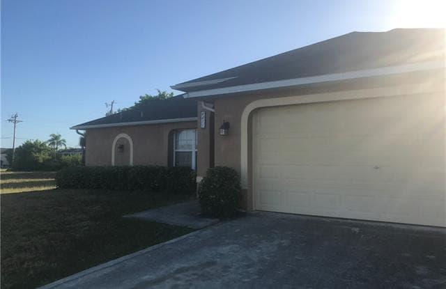 4411 SW 9th AVE - 4411 Southwest 9th Avenue, Cape Coral, FL 33914