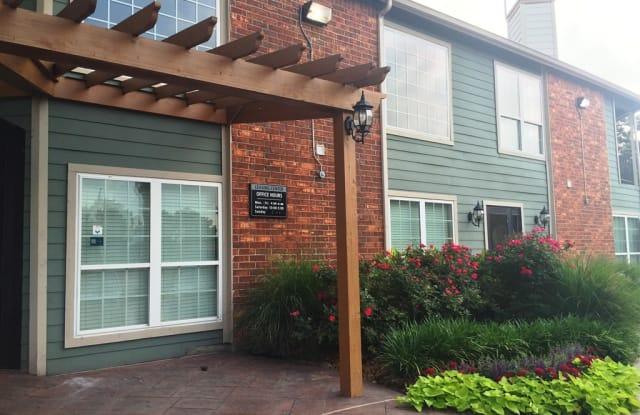 Venetian on Ella - 15530 Ella Blvd, Houston, TX 77090