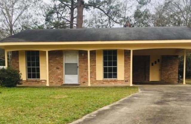 5632 Rose Dr - 5632 Rose Drive, Moss Point, MS 39563