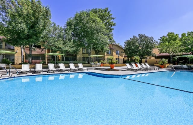 Indian Oaks Apartments