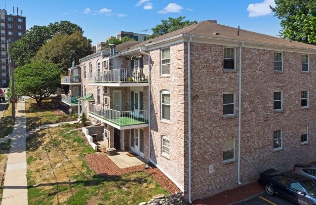 The 31st Street Apartments - 500 31st St, Des Moines, IA 50312