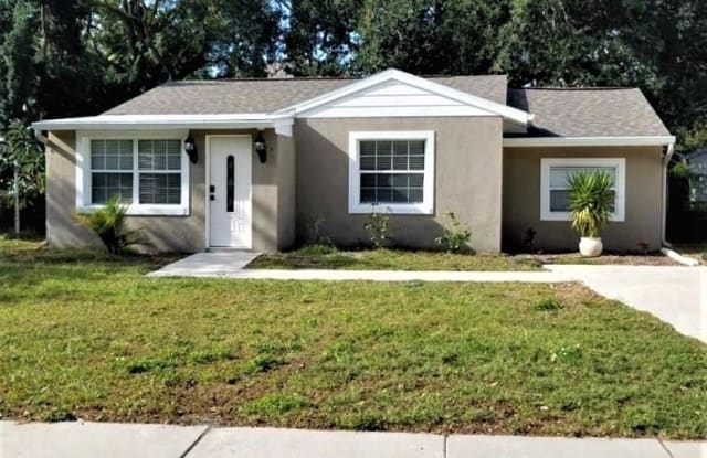 3609 E RENELLIE CIR - 3609 East Renellie Circle, Tampa, FL 33629