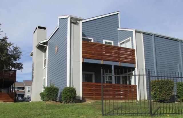 Asher Park - 3149 W Walnut Hill Ln, Irving, TX 75038