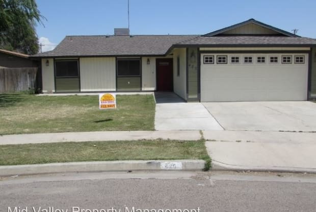420 S. Magnolia Street - 420 South Magnolia Street, Tulare, CA 93274