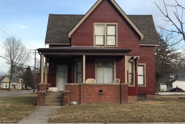 537 N. Johnson - 537 North Johnson Street, Macomb, IL 61455