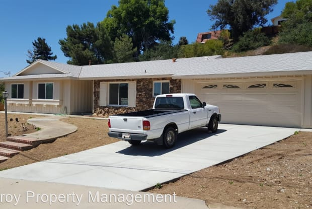 5464 Honors Dr - 5464 Honors Drive, San Diego, CA 92122