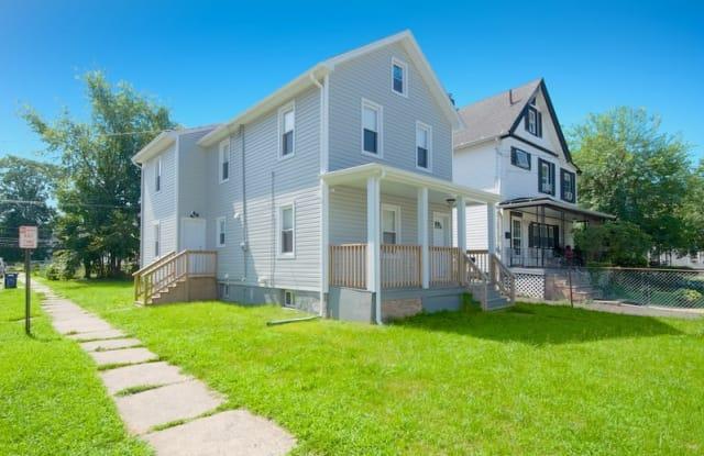 649 W 4th St - 649 West 4th Street, Plainfield, NJ 07060