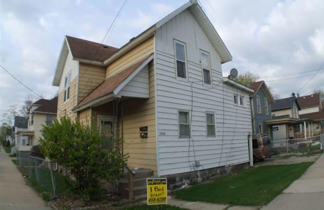 1000 Douglas St NW # A - 1000 Douglas Street Northwest, Grand Rapids, MI 49504