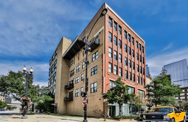 626 West Randolph Street - 626 West Randolph Street, Chicago, IL 60661