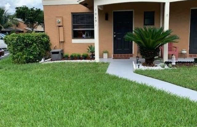 10491 NW 6th St - 10491 NW 6th St, Pembroke Pines, FL 33026