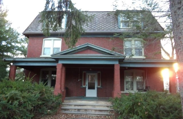 524-3 N. Burrowes St. - 524 N Burrowes St, State College, PA 16803