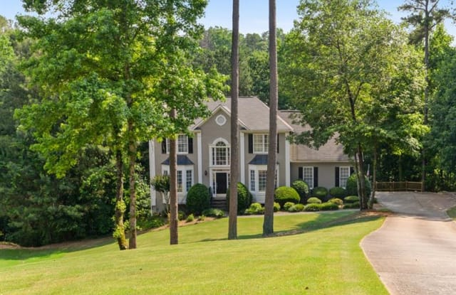 910 Charleston Court - 910 Charleston Court, Roswell, GA 30075