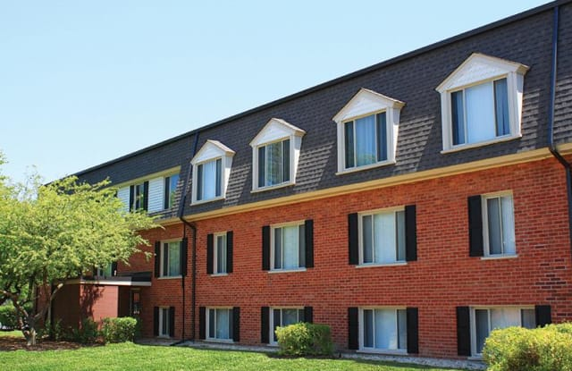 Cypress Place - 975 Jefferson Sq, Elk Grove Village, IL 60007