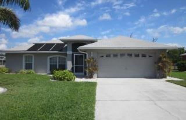 301 SE 25TH LN - 301 Southeast 25th Lane, Cape Coral, FL 33914