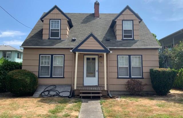 319 SW 10th Street - 319 Southwest 10th Street, Corvallis, OR 97333
