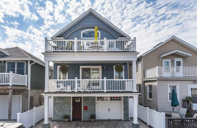 31 Tennessee Ave - 31 Tennessee Avenue, Long Beach, NY 11561