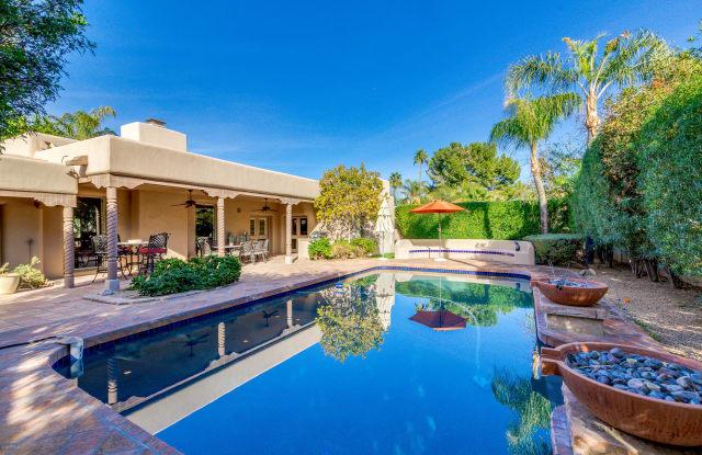 8213 E DEL CAMPO Drive - 8213 East Del Campo Drive, Scottsdale, AZ 85258