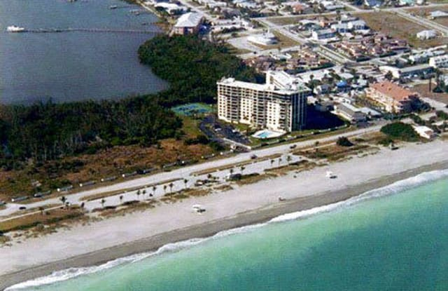 801 S Ocean Drive - 801 South Ocean Drive, Fort Pierce, FL 34949