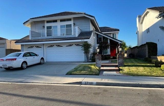 27181 Corcubion - 27181 Corcubion, Mission Viejo, CA 92692
