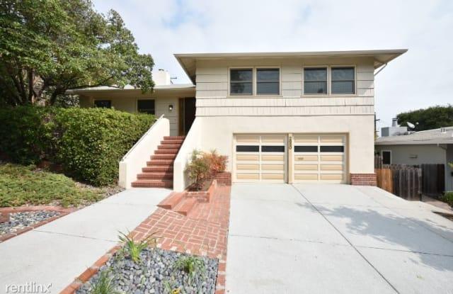 2650 Mcgarvey Ave - 2650 Mcgarvey Avenue, Redwood City, CA 94061
