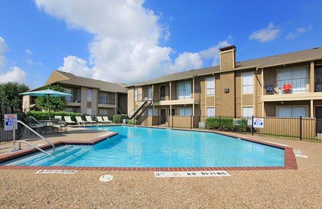 Timber Ridge - 12200 Fleming Dr, Houston, TX 77013