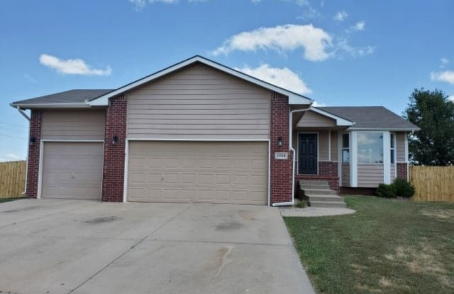11918 W Ryan Ct - 11918 West Ryan Court, Wichita, KS 67205