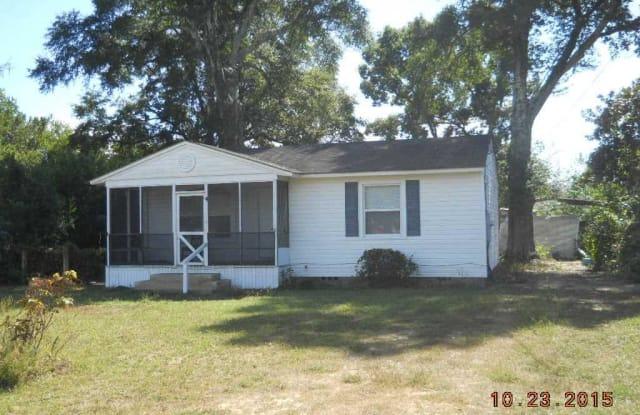324 CHASEVILLE ST - 324 Chaseville Street, West Pensacola, FL 32507