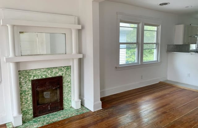 1861 E 81st St #UP - 1861 East 81st Street, Cleveland, OH 44103