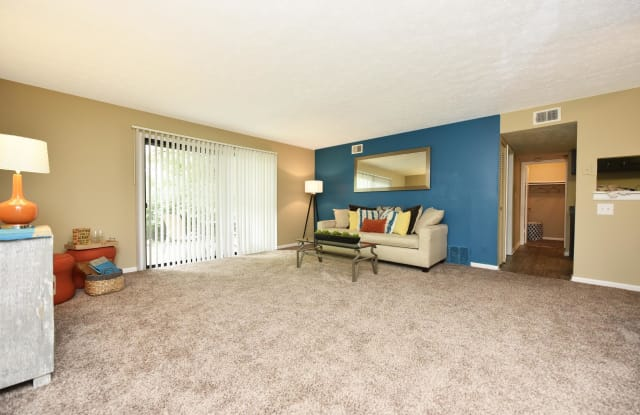 Oaks at St. Andrews - 6817 Brooklawn Drive, Louisville, KY 40214