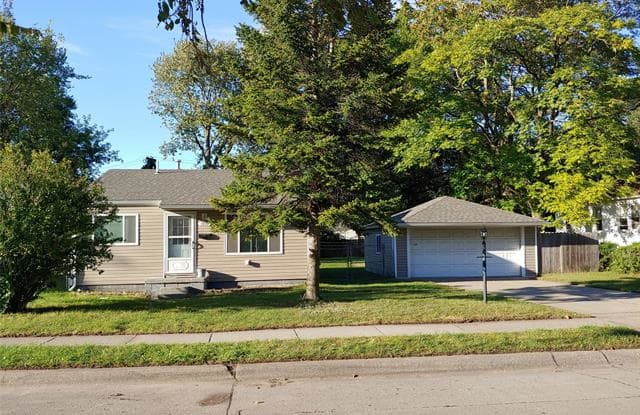 1939 Pearl Avenue - 1939 Pearl Avenue, Warren, MI 48091
