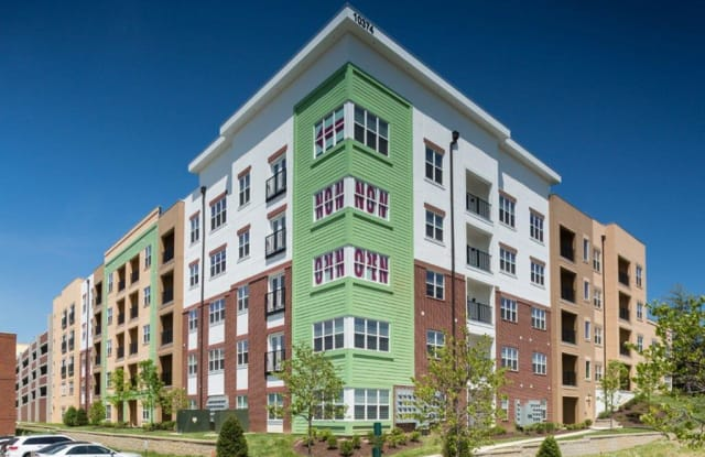 Vanguard Heights - 10362 Old Olive Street Rd, St. Louis, MO 63141