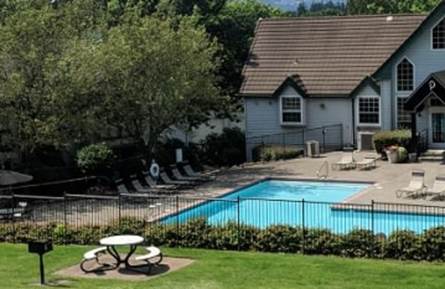 Overlook Pointe - 11408 SE 90th Ave, Happy Valley, OR 97086