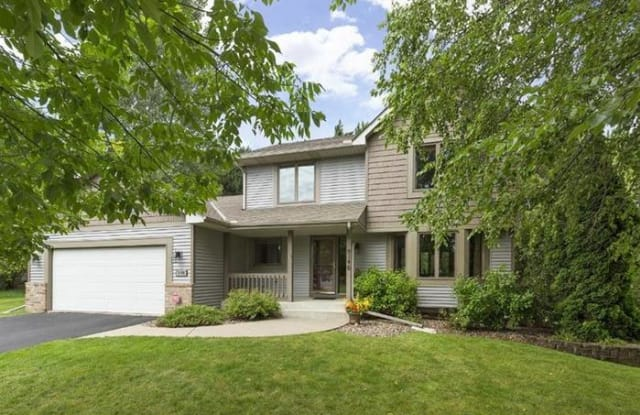 9146 Duckwood Trail - 9146 Duckwood Trail, Woodbury, MN 55125
