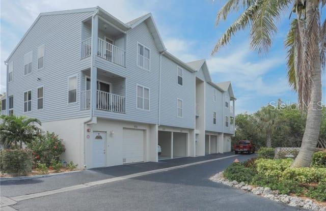 3601 E BAY DRIVE - 3601 East Bay Drive, Holmes Beach, FL 34217