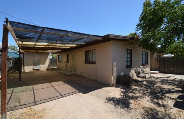 4443 S 4th - 4443 South 4th Avenue, Tucson, AZ 85714