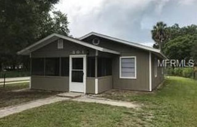 801 Willow Avenue - 801 Willow Avenue, Sanford, FL 32771