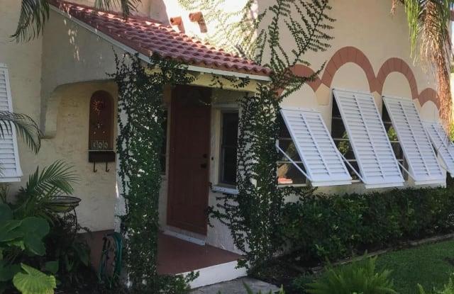 344 Pilgrim Road - 344 Pilgrim Road, West Palm Beach, FL 33405