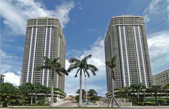 4779 Collins Ave - 4779 Collins Avenue, Miami Beach, FL 33140