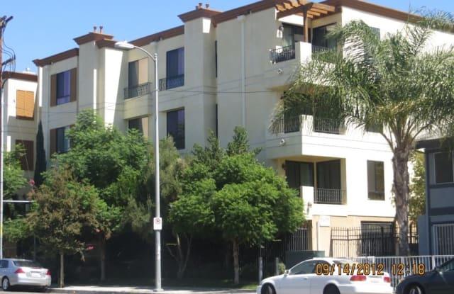 6938 Laurel Canyon Blvd #215 - 6938 Laurel Canyon Boulevard, Los Angeles, CA 91605
