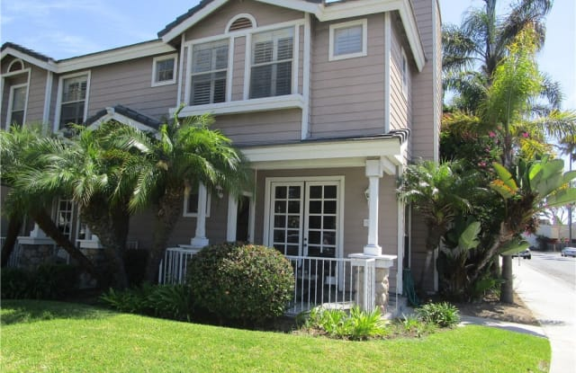 502 Lake Street - 502 Lake Street, Huntington Beach, CA 92648