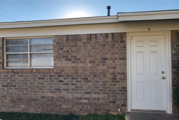 1711 66th Street - B - 1711 66th Street, Lubbock, TX 79412